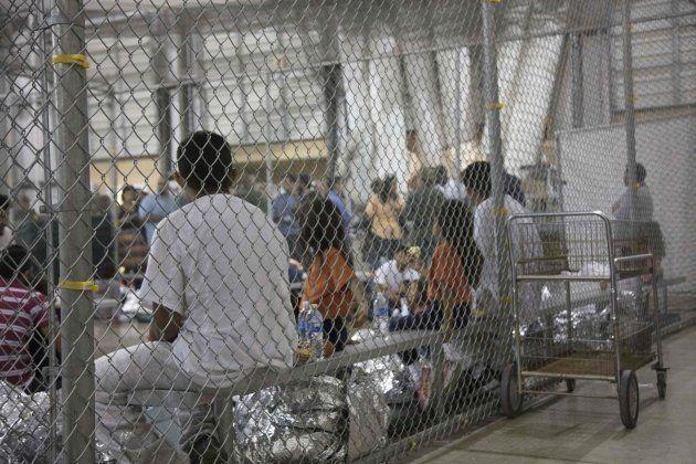 Imagen de los niños inmigrantes retenidos en un Centro de Procesamiento de la Patrulla Fronteriza en...