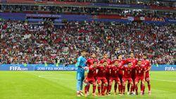 Multitud de comentarios por lo que han hecho los jugadores de Irán nada más empezar el partido contra