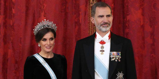 Los reyes Felipe y Letizia, fotografiados en el Palacio Real el 28 de noviembre de