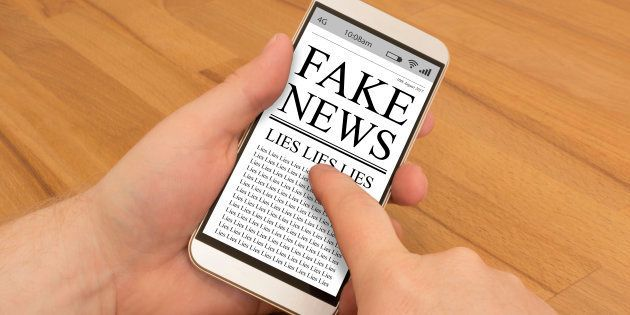 Fake News on a smartphone is being