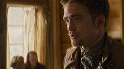 Robert Pattinson sorprende cantando una serenata en su nueva