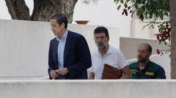 Casado pide como Aznar que Zaplana salga de la
