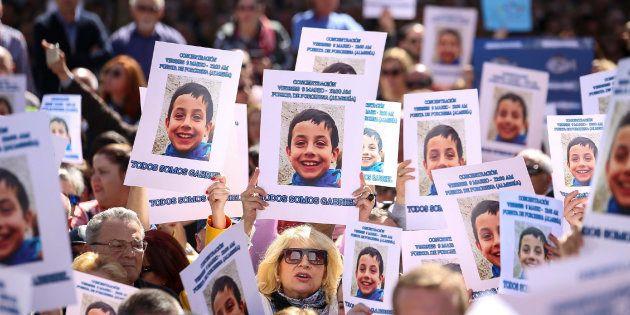 Concentración en Almería en solidaridad con la familia del pequeño