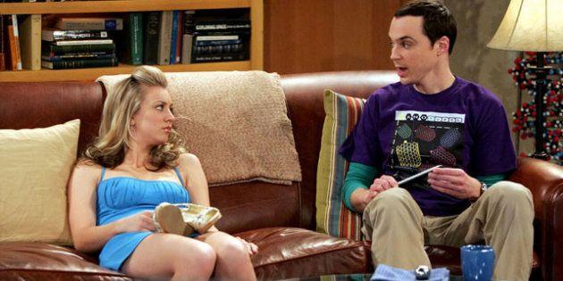 Jim Parsons y Kaley Cuoco, en 'The Big Bang