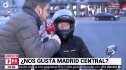 Lluvia de críticas a un reportero de Telemadrid por su reportaje sobre Madrid