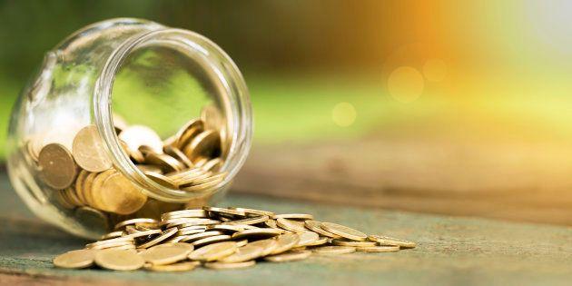 Cómo ahorrar 1.500 euros en 2018 sin darte apenas