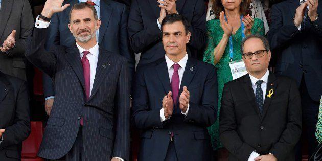 El rey Felipe VI, el presidente del Gobierno Pedro Sánchez y el president de la Generalitat Quim Torra...