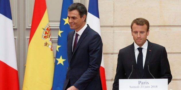 Macron propone