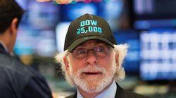 El Dow Jones supera los 25.000 puntos por primera vez en 122