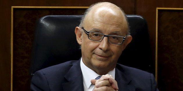 Cristobal Montoro, ministro de Hacienda, en el Congreso. REUTERS/Andrea