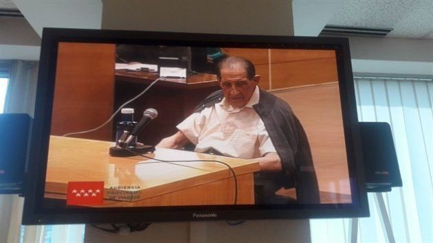 Eduardo Vela, el ginecólogo acusado, durante su