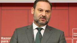 Ábalos dice ahora que el PSOE no pedirá la dimisión de