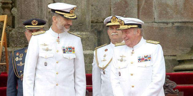 El rey Juan Carlos vuelve a una Pascua Militar por primera vez desde su
