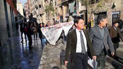 Así ha sido el boicot de independentistas y prostitutas a un acto de Valls en