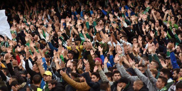 Un herido y 23 detenidos por una pelea entre ultras del Sevilla y el
