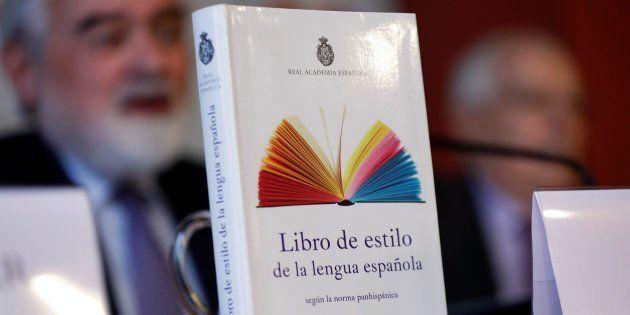 Darío Villanueva, director de la Real Academia Española, durante la presentación del Libro de estilo...