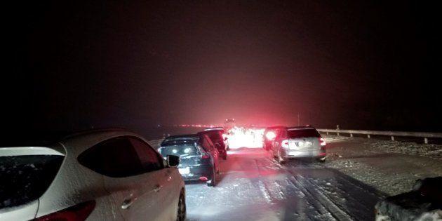 Aluvión de palos al Gobierno por su gestión del caos por la nieve en la