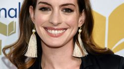 Anne Hathaway envía una foto enferma en apoyo a sus