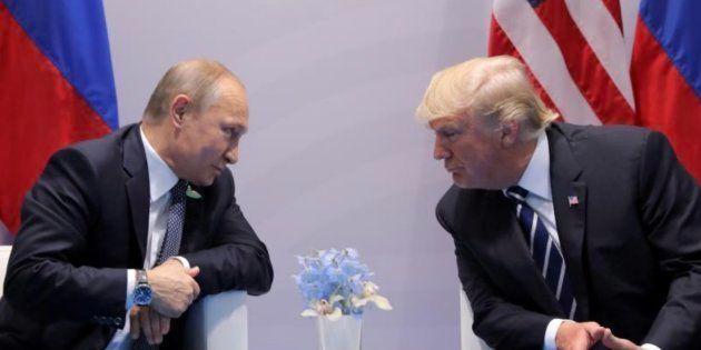 Imagen de archivo del presidente ruso, Putin (izq), y su homólogo estadounidense, Trump