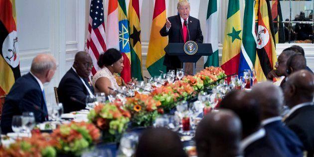 Trump se dirige a varios líderes