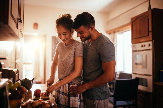 Compartir un momento en la cocina es bueno después del