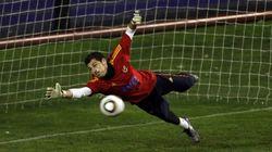 El tuit de Casillas recordando el décimo aniversario del gol de Torres que necesita diez minutos para ser