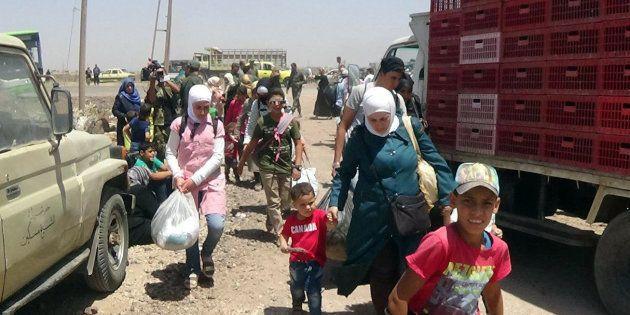 Más de 120.000 personas ya han abandonado sus hogares por la ofensiva de Al