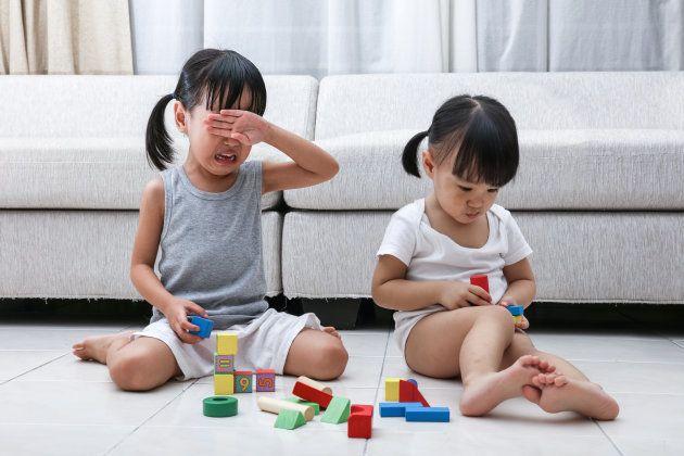 Por qué y cómo deben los padres establecer rutinas
