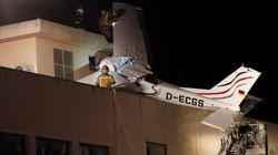 Dos muertos al estrellarse una avioneta contra una gasolinera en