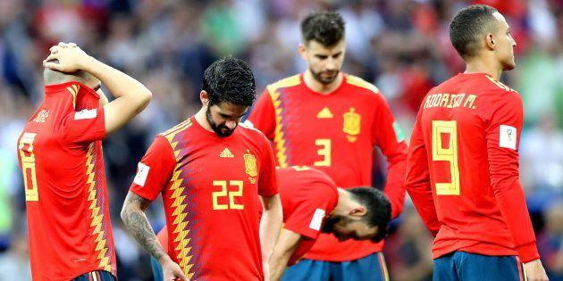 LAMENTABLEV: España, eliminada en los penaltis tras un mal partido contra Rusia y un pésimo