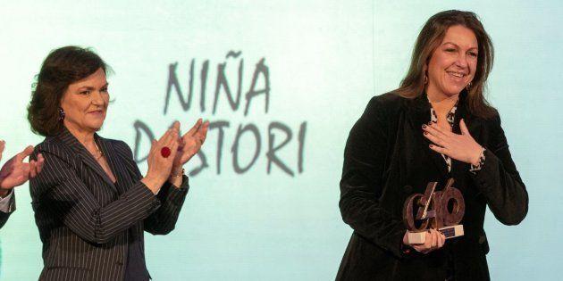 Carmen Calvo y Niña