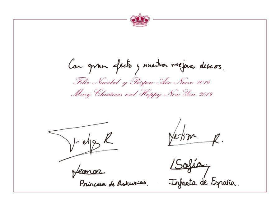 Los reyes Felipe y Letizia, la princesa Leonor y la infanta Sofía felicitan la Navidad con una foto en
