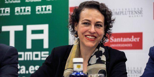 La ministra de Trabajo, Magdalena Valerio, en los Cursos de Verano de la Complutense en San Lorenzo de...