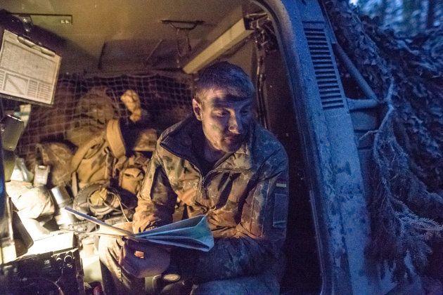 Soldados alemanes, participando en las maniobras de la OTAN Trident Juncture, el pasado 4 de noviembre,...