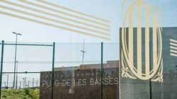 Carme Forcadell y Dolors Bassa salen de la cárcel de Alcalá hacia una prisión