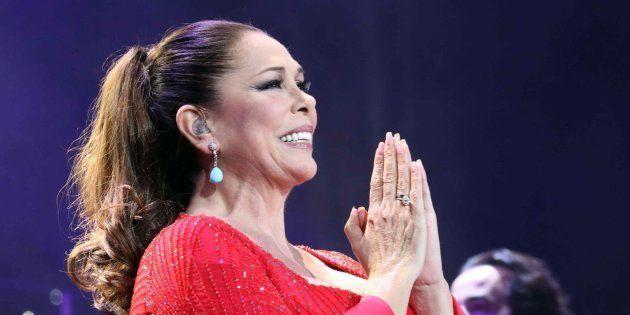 Isabel Pantoja durante el concierto de Las