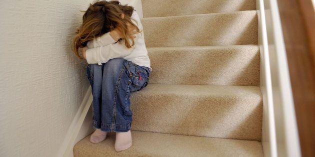 Tres chicas de 14, 15, y 18 años dejan inconsciente a una de 12 tras una brutal
