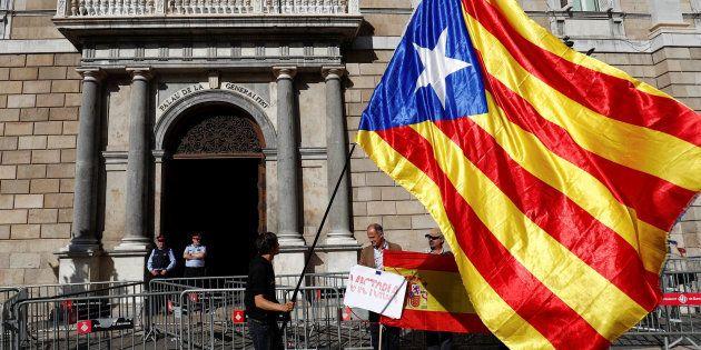 La Generalitat contrató a los observadores del