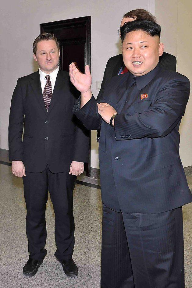 Imagen de archivo de Michael Spavor junto a Kim