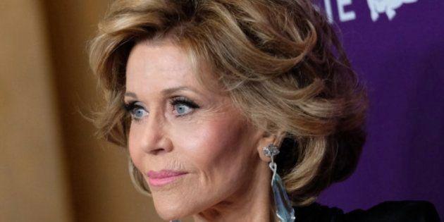 Jane Fonda duerme con su vestido porque no consigue quitárselo