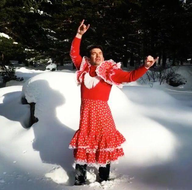 La foto más loca de Arturo Valls: con traje de flamenca y en la