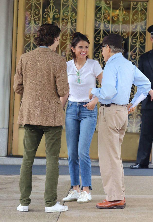 Timothée Chalamet junto a Selena Gomez y Woody Allen en el rodaje de 'A Rainy Day in New