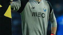Iker Casillas se despide de Ronaldinho: