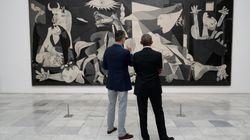 El Rey acompaña a Obama en una visita privada al Museo Reina