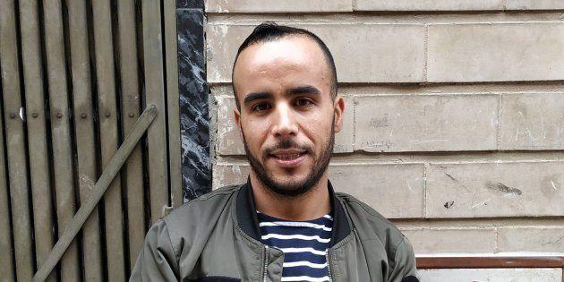Mohamed Karzazi, el joven que trepó por la fachada de un edificio para salvar a una mujer de su