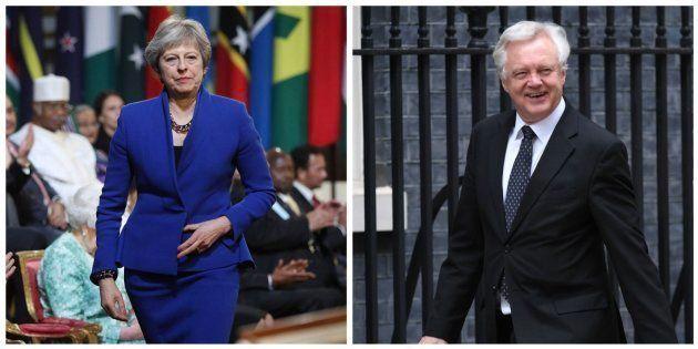 Combo con las imágenes de Theresa May y David