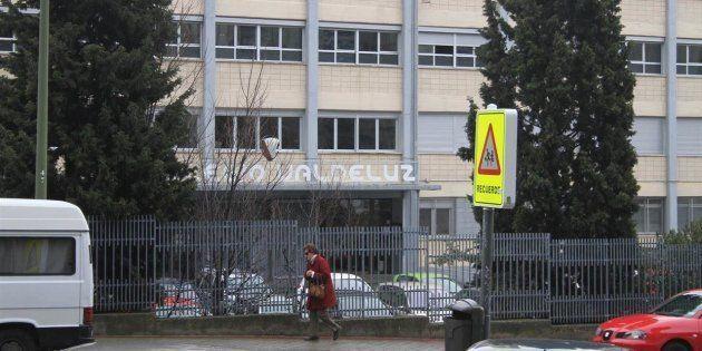 Fachada del colegio Valdeluz, en Madrid, en una imagen de