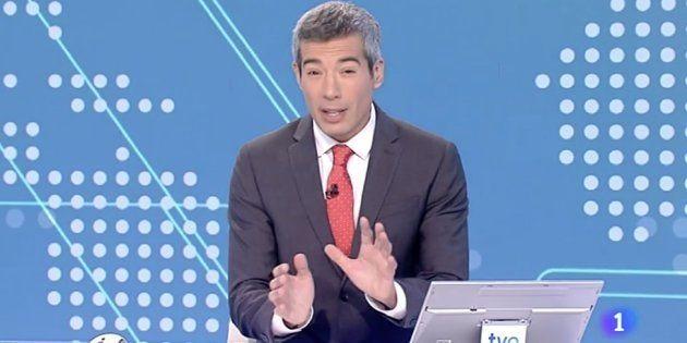 Oriol Nolis, presentador del Telediario Fin de Semana de