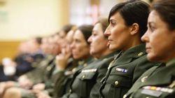 Defensa modificará su reglamento para que las mujeres puedan elegir el uniforme