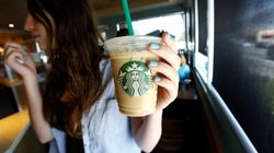 Starbucks eliminará las pajitas de